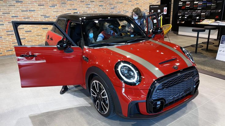 LA NOUVELLE MINI HATCH