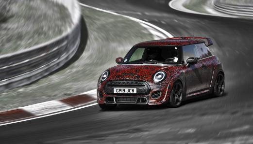 mini john cooper works gp sur nurburgring